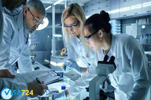 تحصیل فیزیک پزشکی و فناوری نانو
