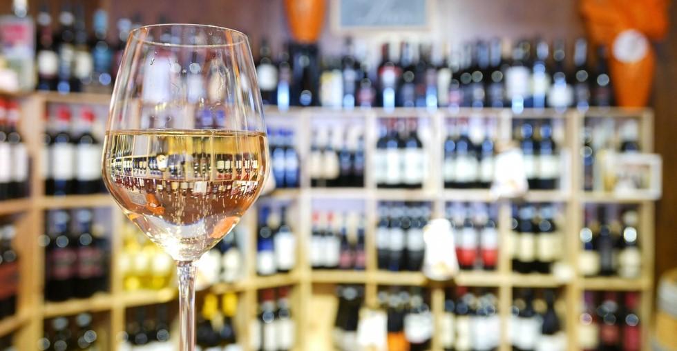 مشروبات الکی پر سود در کانادا