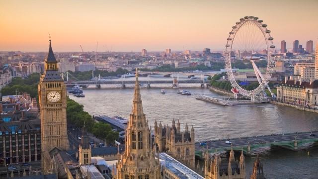 لندن یا کانادا؟