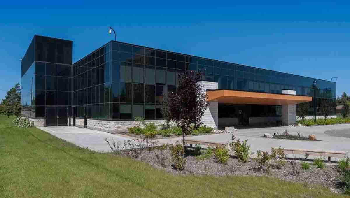 University of Alberta CANADAAAD