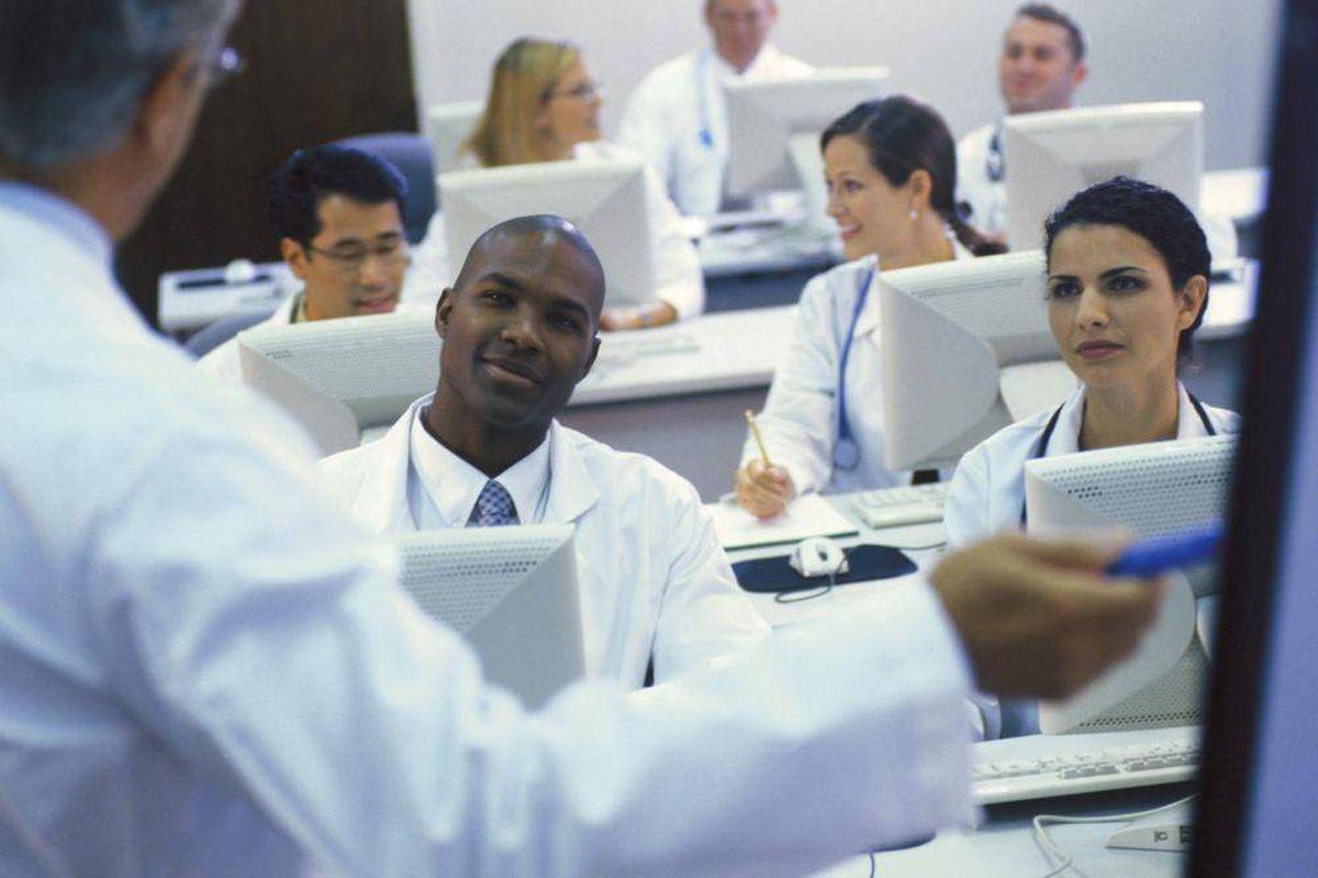 ادامه تحصیل پزشکی در کانادا