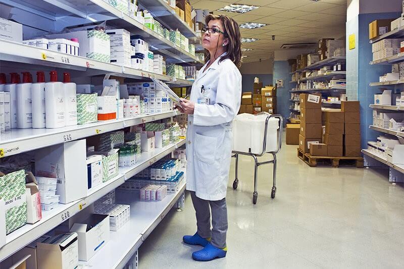 فروش داروخانه در کانادا - ویزا 724