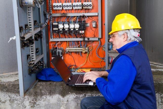 مهندس برق در کانادا